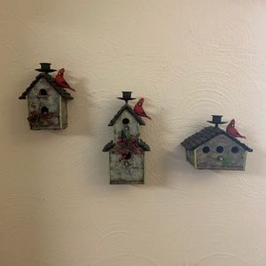 Vintage miniature bird houses. Home decor.